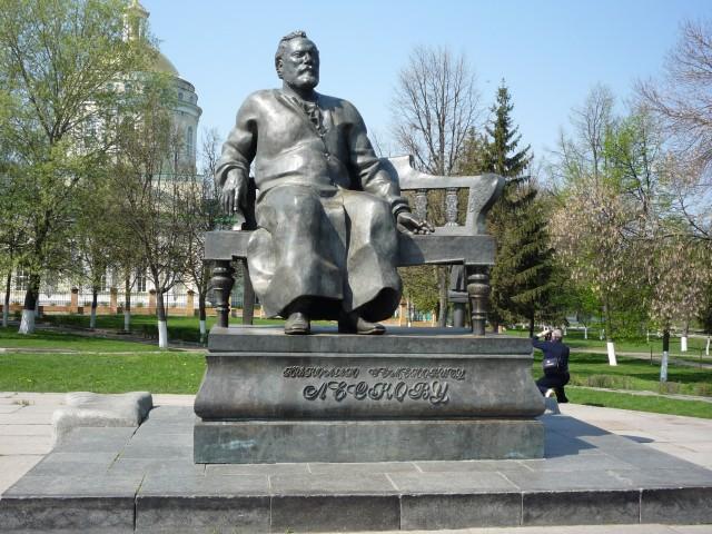 Памятники в орле с описанием 2018 цены на памятники в рязани оренбурге